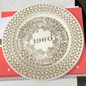 1960 Calendar Plate   Excellent Condition